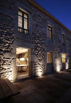 Stone Respect / Dom Arquitectura