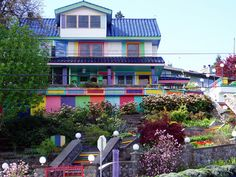 The Most Colorful House in Hood River, Oregon