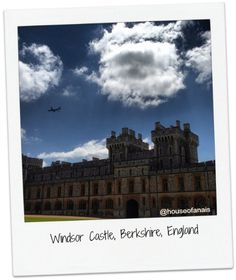 Happy IG Travel Thursday – today we are stepping away from my current home county Kent all the way to Berkshire – then again, from London it's just a stone's throw away (and… Days Out In England, Windsor Castle, Day Trip, London, Building, Travel, Instagram, Viajes, Buildings
