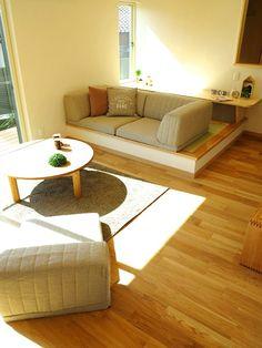 畳コーナーの高低差を活かしたソファの提案!