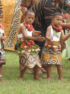Tongan kids dancing - tribe.net