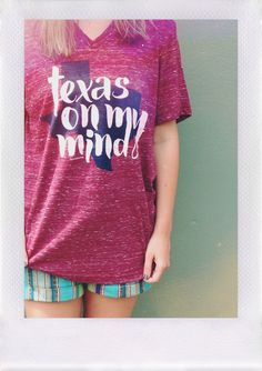8dfdefc41 Texas on my mind Vneck maroon Tshirt from Oliver Otis