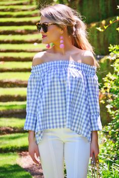 "This off shoulder gingham top is effortlessly glam! We love the pastel hue and smocking around the neckline that is both cute and comfortable. Complete the look with our ""Bon Bon Earrings. Casual Chic Summer, Casual Summer Outfits, Spring Outfits, Summer Clothes, Prep Outfits, Pastel Outfit, Off Shoulder Fashion, Preppy Girl, Spring Summer Fashion"