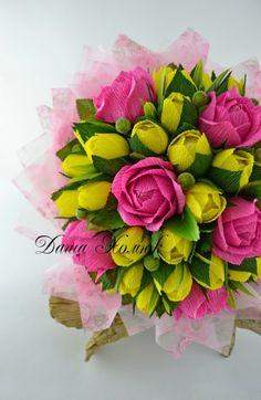 Gallery.ru / Фото #82 - 2015 - Kisenok-Lisenok Candy Flowers, Fake Flowers, Pretty Flowers, Crepe Paper Crafts, Crepe Paper Flowers, Chocolate Flowers, Chocolate Bouquet, Paper Bouquet, Candy Bouquet