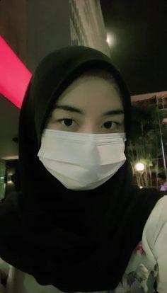 Cute Baby Girl Pictures, Pretty Asian Girl, Indonesian Girls, Girl Hijab, Beautiful Hijab, Asia Girl, Ulzzang Girl, Aesthetic Girl, Me As A Girlfriend