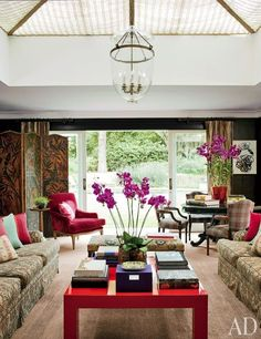 Vogue Brazil Style director Donata Meirelles's home designed by Sig Bergamin