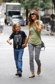 Sarah Jessica Parker & her son, casual, I like it
