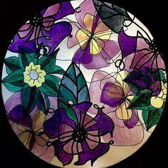 Buongiorno a tutti e buon lunedì con questo Mandala variopinto di fiori estivi ❤️❤️❤️ #mandala #mandalas #mandalaart #mandalaartist #arteterapia #creatività