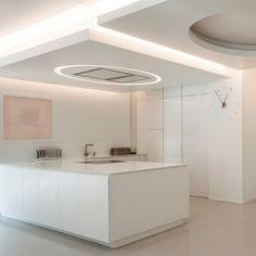 Фотография Bathroom Lighting, Photo Wall, Mirror, Furniture, Home Decor, Bathroom Light Fittings, Homemade Home Decor, Fotografie, Mirrors