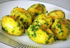 Petrezselymes újburgonya | NOSALTY Hungarian Recipes, Hungarian Food, Recipies, Eggs, Cooking, Breakfast, Ethnic Recipes, Recipes, Kitchen