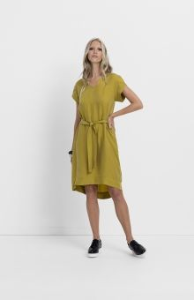 The Petal Sleeve Dress has been made from a soft cupro blend and features a tulip inspired sleeve. Sustainable Clothing, Sustainable Fashion, Fair Trade Clothing, Petal Sleeve, Clothing Labels, Slow Fashion, Dress Patterns, Fashion Brands, Dresses With Sleeves