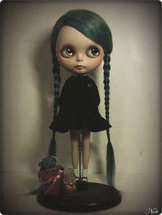 Blythe - She looks so Wednesday Addams.