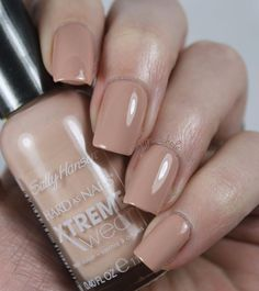 My New Favorite Nude: Sally Hansen Xtreme Wear Bare It All | Pretty Girl Science