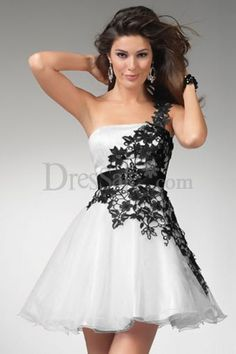 if your looking for a sweet 16 dress this is the one for you