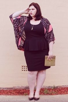 and hide those extra pounds Plus Size Chic, Look Plus Size, Plus Size Women, White Plus Size Dresses, Plus Size Outfits, Curvy Girl Fashion, Plus Size Fashion, Vestidos Gg, Plus Size Beauty