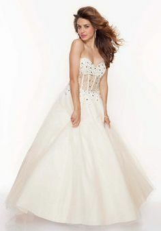 Sweetheart Ball Gown Sleeveless Natural Waist Tulle Prom Gown - Lunadress.co.uk