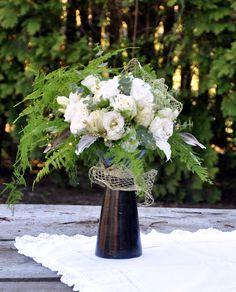 Bukiet ślubny / kompozycja Vase, Table Decorations, Furniture, Home Decor, Homemade Home Decor, Home Furnishings, Interior Design, Vases, Home Interior Design