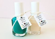 Create personalized labels and simply wrap them onto a nail polish using raffia, string or ribbon.