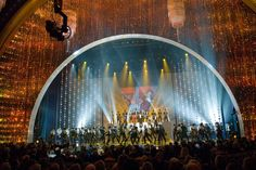 Oscars 2010 sparkles with Swarovski