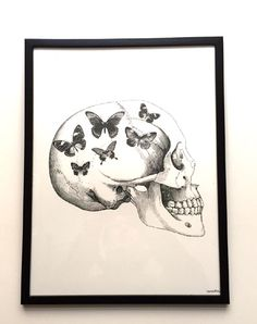 Skull With Butterfly - Poster Vanilla Fly
