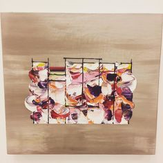 #3331ArtFair より#西川茂 さんの作品背景は金属みたいにも見えますがキャンバスに油彩で描いてるのだそうですテントの旗めく小屋が空中に浮いてるみたいな印象  やっぱり色味の鮮やかな作品が好きです  #1日1アート #art #everydayart #3331 #ShigeruNishikawa