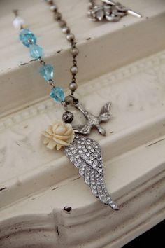 """""""flight"""" vintage-look necklace by Pretty Petals"""