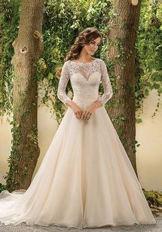 3/4 sleeve lace and organza ball gown   Jasmine Collection   https://www.theknot.com/fashion/f181005-jasmine-collection-wedding-dress