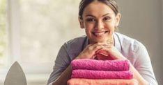 Τσαλακωμένα ρούχα τέλος με το σπρέι που φτιάχνεις μόνη σου σε 1′ Art Drawings For Kids, Floral Letters, Washing Clothes, Clean House, Cleaning Hacks, Laundry, Easy, House Cleaners, Amazon