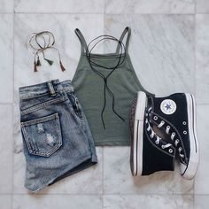 Keep tapping guys for more outfits 💜 Don't forget to follow me 😘 thanks for your love @variousxvibes #casualwear #casual_outfits #casualoutfits #casual #outfit #outfitoftheday #ootd #ootdshare #ootdinspiration #polyvore #polyvoreootd #fashiondiaries #fashionpost #fashiongram #instafashion #instastyle #instamood #whatimwearing #wiw #wiwt #fashionblogger #instadaily #girls #fashion
