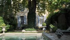 Aix-en-Provence, Private Mansion dating from the 18th century with garden