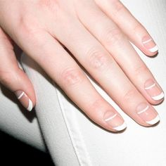 The advantage of the gel is that it allows you to enjoy your French manicure for a long time. There are four different ways to make a French manicure on gel nails. Nail Art Designs, French Manicure Nail Designs, Nail Manicure, Gel Nails, Nail Polish, Manicure Ideas, White Manicure, Pedicure, Acrylic Nails