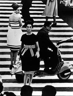 William Klein  Nina & Simone, Piazza di Spagna, Rome, Vogue, 1961