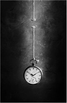 Black and white photography by Victoria Ivanova life like a thread. Really love the use of lighting with this image as well as the many connotations within this image. Conceptual Photography, Art Photography, Photography Wallpapers, Pinterest Photography, Watches Photography, Photocollage, Black And White Pictures, White Art, Belle Photo