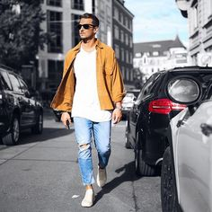 Last summer moments :sunny:  –––––––––––––––  #TMM #sandro #streetstyle #flatlay #flatlays #flatlayapp www.flat-lay.com