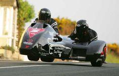 Motorcycle Racing Online - 2008 Isle of Man TT gallery - Sidecar race one