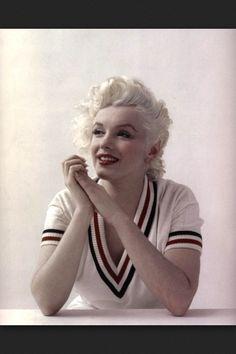Sweet & lovely Marilyn in a cricket jumper.