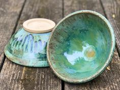 Seaweed over satin Oribe Ceramic Bowls, Stoneware, Ceramic Glaze Recipes, Amaco Glazes, Hand Built Pottery, Pottery Classes, Glazes For Pottery, Pottery Ideas, Handmade Pottery