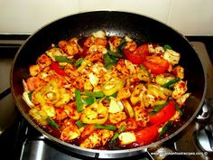 Hot and spicy stir fry chicken - Devil chicken - Sri Lankan Food Recipes (Chicken Chili Indian) Spicy Recipes, Indian Food Recipes, Asian Recipes, Chicken Recipes, Cooking Recipes, Healthy Recipes, Healthy Food, I Love Food, Good Food