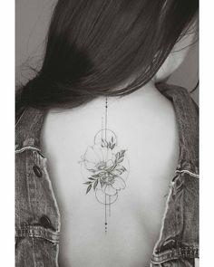 10.2 тис. вподобань, 29 коментарів – Tattoo INGG (@tattooingg) в Instagram: «Por: @tritoan__seventhday ___________________________________ #blacktattoo#tattooed#flowers…»