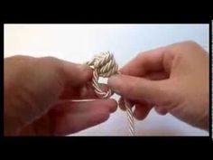 Anello con un semplice nodo - YouTube