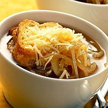 French Onion Soup  WW Plus Points - 4 pts per serve:  2 medium uncooked onion(s), thinly sliced, 4 Tbsp sherry (dry or sweet), or nonalcoholic wine     4 cup(s) fat-free, beef broth     1 tsp Worcestershire sauce     4 slice(s) French bread     2 Tbsp grated Parmesan cheese, such as Parmigiano-Reggiano