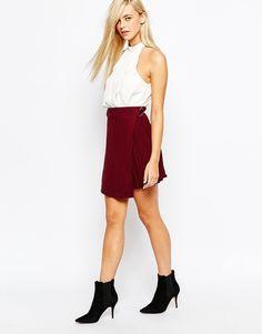 Fashion Union - Kilt plisse avec anneau en D  shoping tenuedujour lookdujour mode femme ete achat fashion mignon jolie tendance ootd luxe rouge