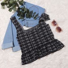 To find out about the Ruffle Hem Plaid Knit Top at SHEIN, part of our latest Knit Tops ready to shop online today! Diy Fashion, Fashion Outfits, Teen Fashion, Womens Fashion, Cute Sleepwear, Top P, Mix Match, Plaid, Knitting