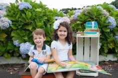 Ensaio Crianças; Fotografia de Família; Fotografia Infantil; Ensaio Externo de Crianças; Fotografia de Criança com livros; Fotografia de Criança;