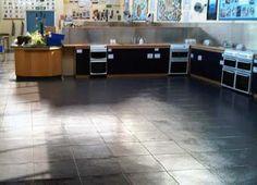verlegung des pvc garagenboden ecotile 500 7 garagen mit pvc fliesen pinterest. Black Bedroom Furniture Sets. Home Design Ideas
