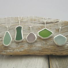 Jewerly Making Business Sea Glass New Ideas Sea Glass Ring, Sea Glass Necklace, Sea Glass Art, Sea Glass Jewelry, Sea Glass Display, Beach Jewelry, Bottle Jewelry, Sea Glass Crafts, Soldering Jewelry