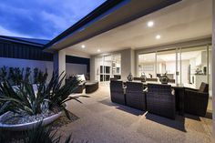 Gorgeous outdoor alfresco areas © Ben Trager Homes   On display in Perth