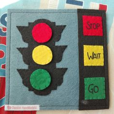 Articoli simili a Stoplight toy educative learning quiet book felt hand made juguete semaforo original gift kid su Etsy Stoplight toy educative learning quiet book felt hand made juguete semaforo original gift kid di su Etsy My Busy Books, Diy Quiet Books, Baby Quiet Book, Felt Quiet Books, Quite Book Patterns, Sensory Book, Gifted Kids, Felt Crafts, Crafty