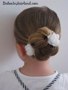 Loopy Bun Hairstyle (15)