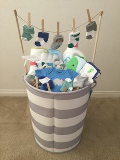 (Idea from my mother-in-law) - Baby Diy - Baby baby shower gift! (Idea from my mother-in-law) … Baby baby shower gift! (Idea from - Baby Shower Gift Basket, Baby Shower Gifts For Boys, Baby Shower Themes, Baby Boy Shower, Baby Shower Decorations, Creative Baby Shower Gift, Baby Shower Presents, Creative Gifts, Baby Gifts For Boys